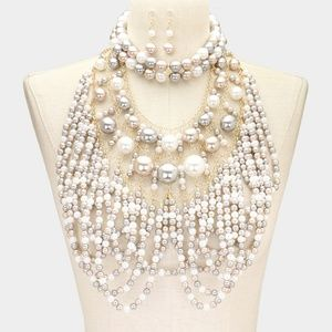 Jewelry - White and Gold Layered Draped Pearl Necklace Set